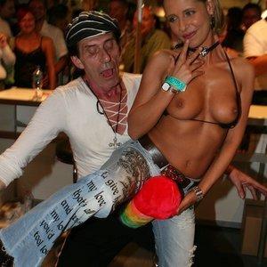 Fake Celebrities Sex Pictures Sarah Michelle Gellar gallery image-336